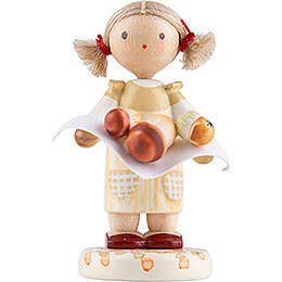 Flax Haired Children Little Girl with Ceps  -  Edition Flade & Friends  -  4,5cm / 1.8 inch